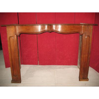 Walnut Fireplace With Crossbow Facade And Molded Sides From The Regency Period