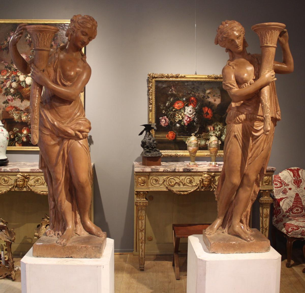 Paire de statues  XVIIIème