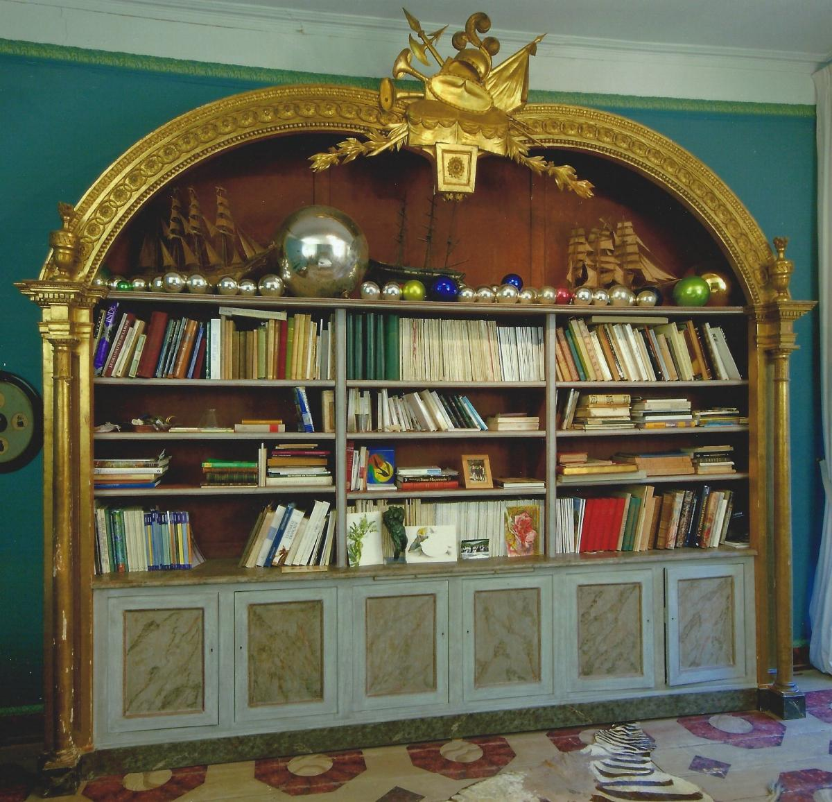 Large Library Style Management House Jansen