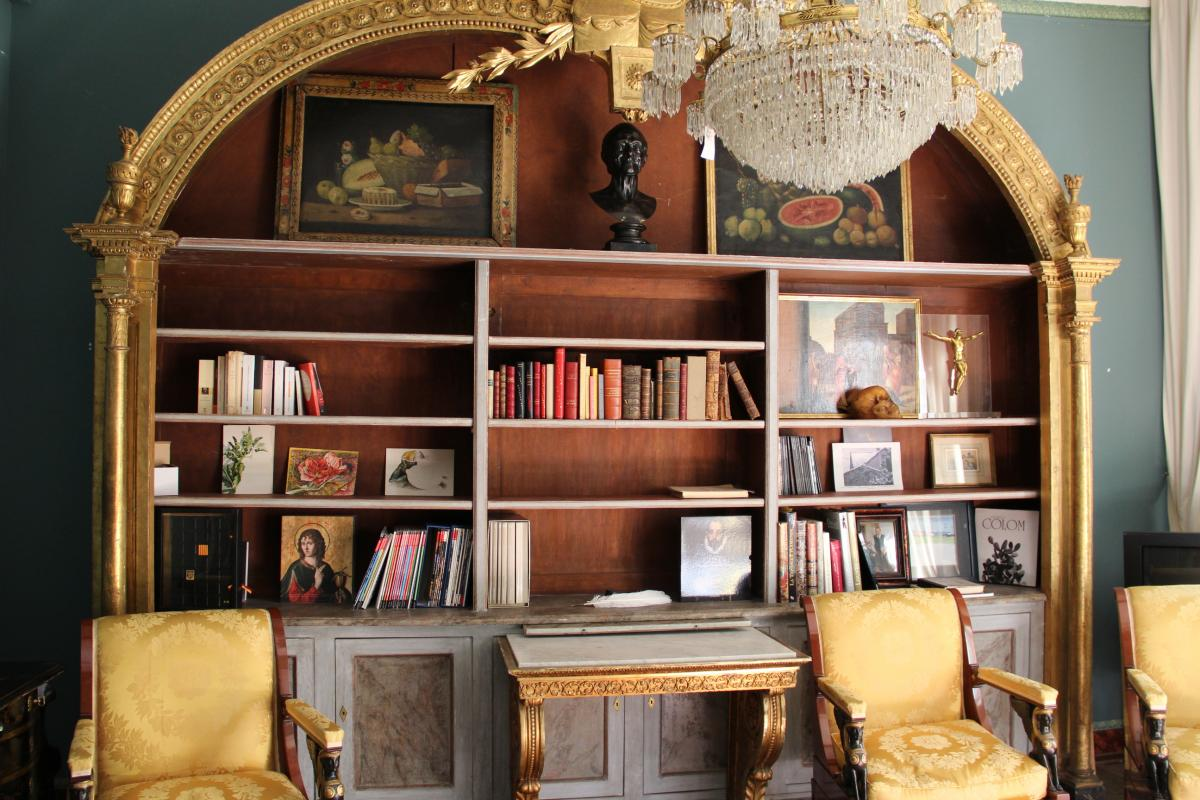 Large Library Style Management House Jansen-photo-2