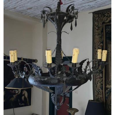 Tin Chandelier With 8 Arms Of Light