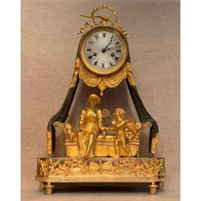 Pendule Romantique En Bronze Doré