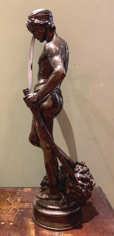 Sculpture En Bronze  David Vainqueur d'Antonin Mercié-photo-4