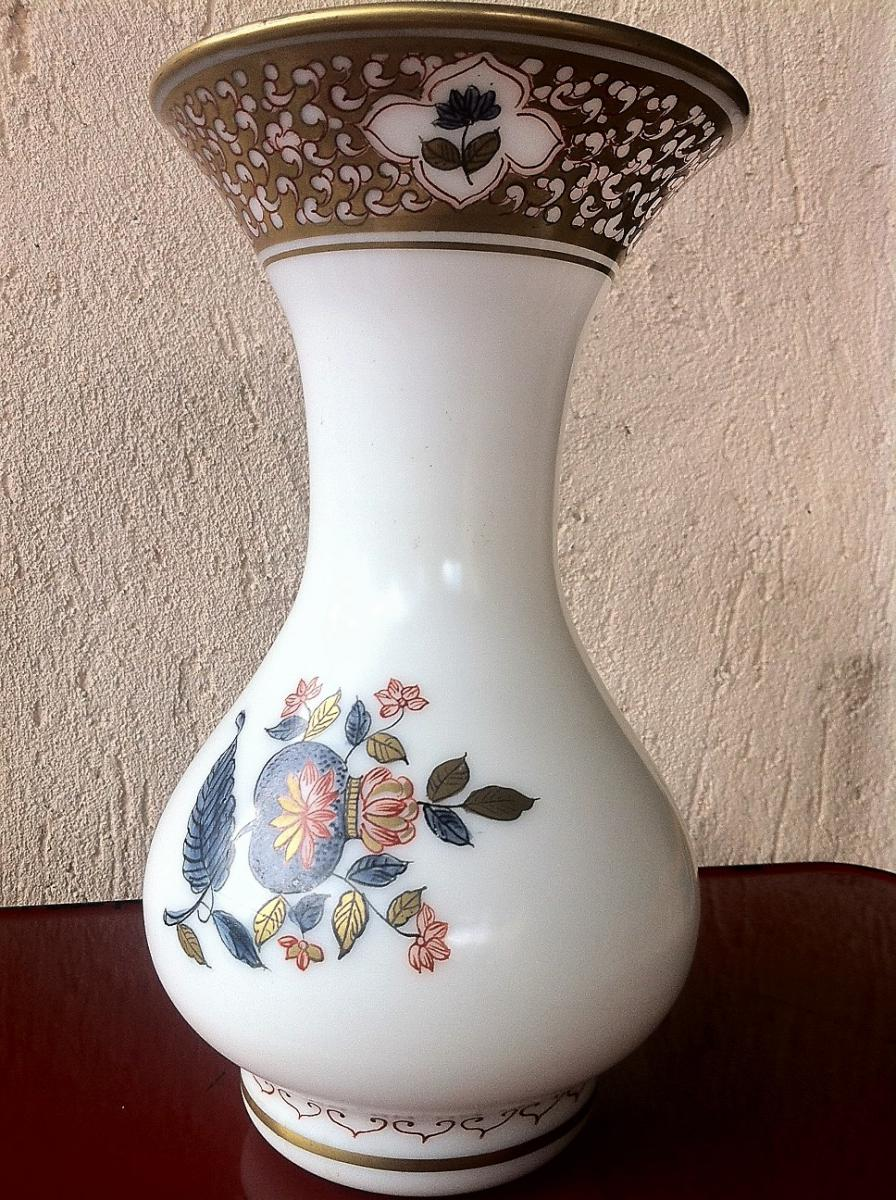 Vase En Opaline d'époque XIX éme