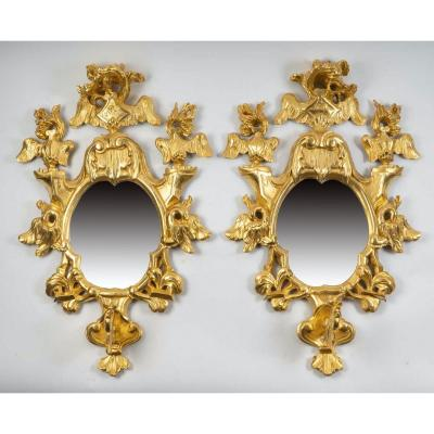 Paire De Miroirs d'Appliques En Bois Doré - Époque : XVIIIème - Un Seul Bras De Lumière