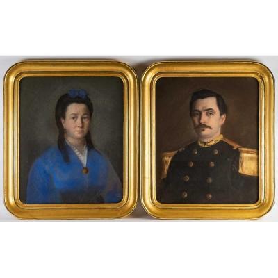Paire De Pastels - XIXème - Cadre à La Feuille d'Or
