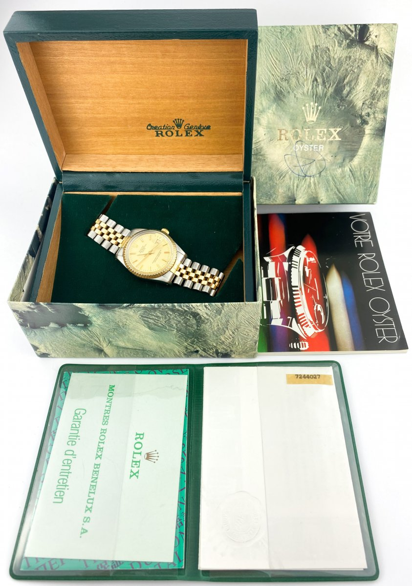 Montre Rolex - Oyster Perpetual Date 34mm - Ref. 15053 - Full Set