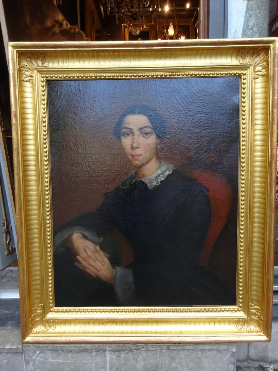Hst   Portrait De Femme Vers 1840