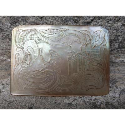 Bas Relief En Nacre Paysage Animé 1750