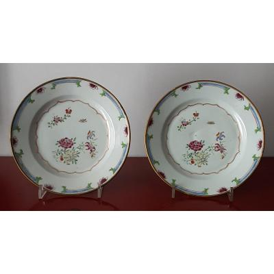 Pair Of Porcelain Plates, China Eighteenth Century