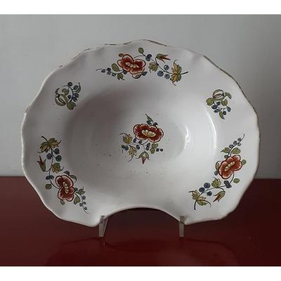 18th Century Majolica Shaving Plate
