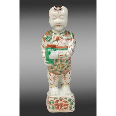 """Figure d'enfant en porcelaine """"Laughing boy""""  Période Kang-Hsi(1662-1722).17éme siécle"""