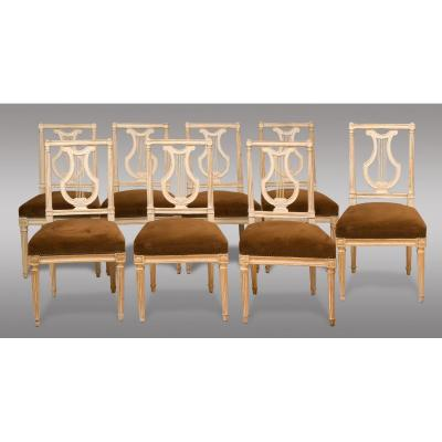 Chaises Louis XVl Serie de huit chaises