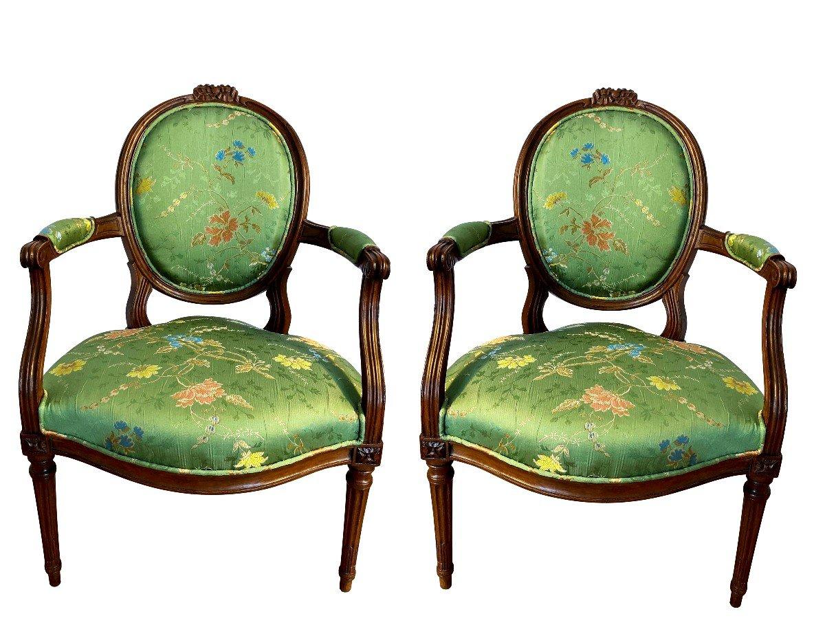 Paire De Fauteuils Louis XVI En Brocart De Soie-photo-2