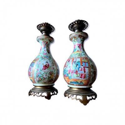Paire De Lampes En Porcelaine De Canton Periode Guangxu Famille Rose
