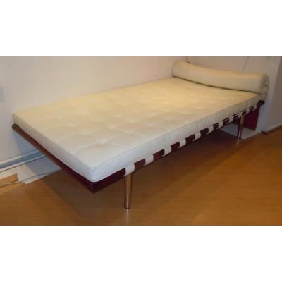Ludwig Mies Van Der Rohe (1886-1969) Rest Bed Barcelona Model Quilted Grained Leather White