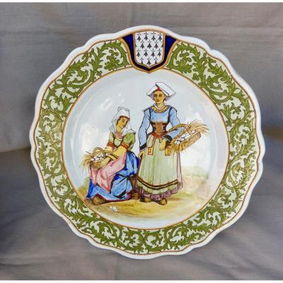 Porquier Beau Quimper Assiette Faïence Polychrome Marchandes d'œufs à Scaër 19ème XIXème