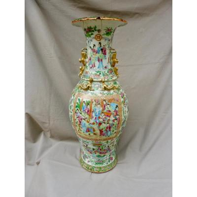 China Porcelain Canton XIXth Important Baluster Vase Of Courtyard 19th 62cm