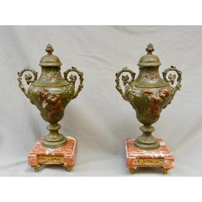 Pair Of Louis XVI Style Cassolettes In Regulates With Polychrome Patina Putti Angels Cherubs Angelo