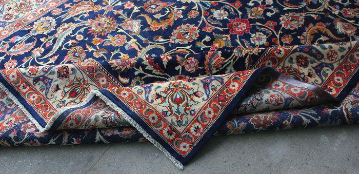 tr s grand tapis kashmar sign d 39 iran tapis tapisseries. Black Bedroom Furniture Sets. Home Design Ideas