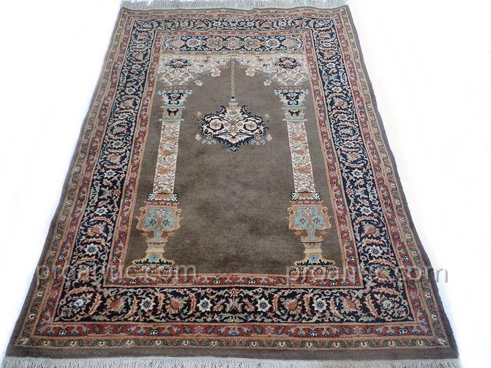 Superbe Tapis Indo-Keshan ( Mihrab )