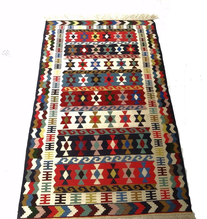 Kilim Gachgai Iran Carpets