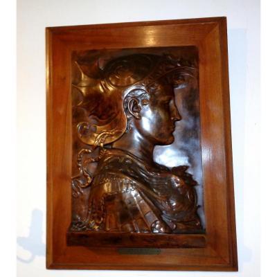 Bas Relief En Bronze