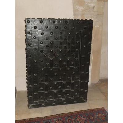 coffre ancien sur proantic 17 me si cle. Black Bedroom Furniture Sets. Home Design Ideas