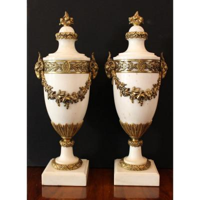 Pair Of Large Cassolettes In White Marble And Bronze 19th Century
