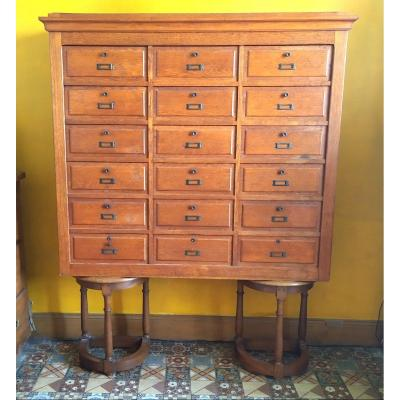 Furniture Of Trade With Flaps