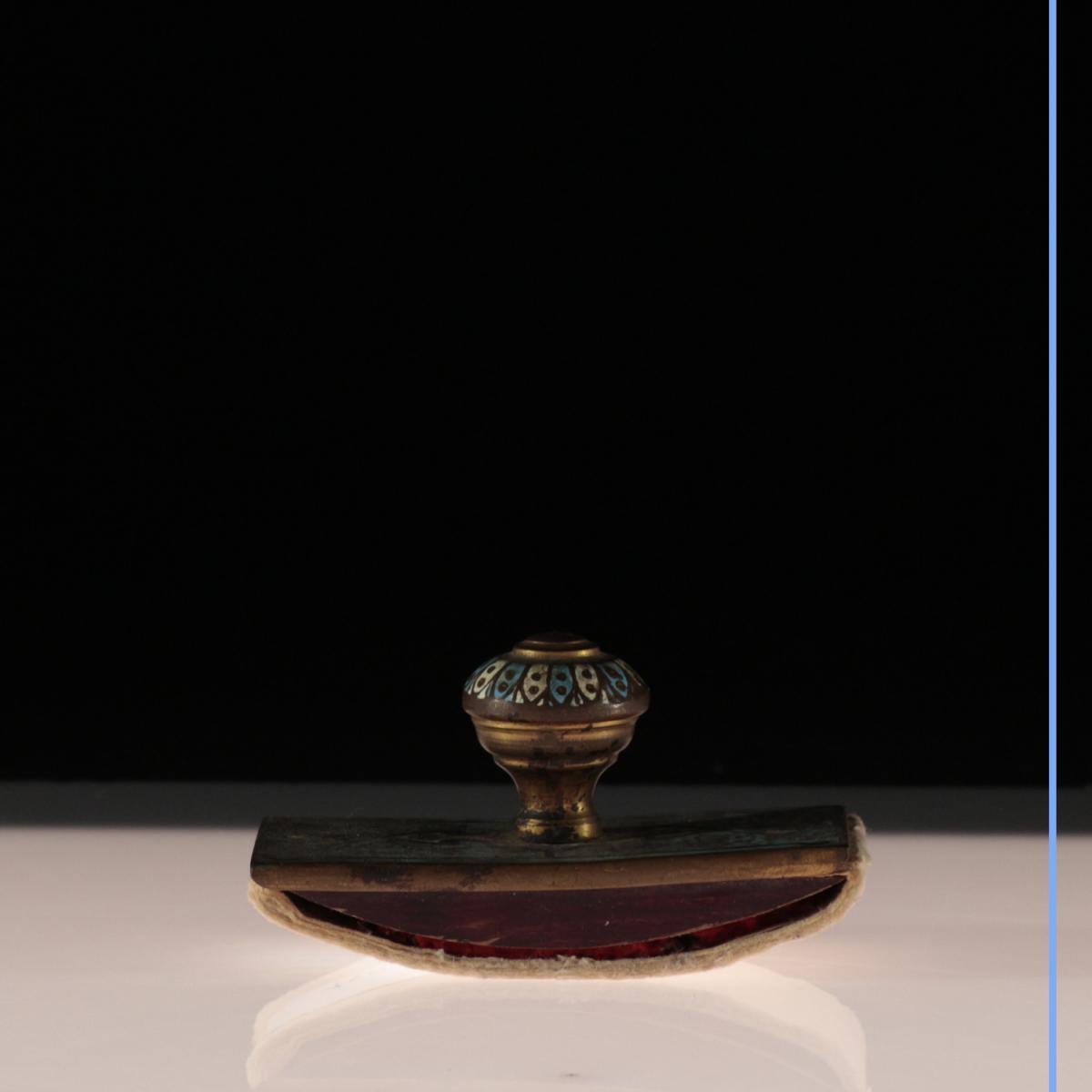 Tampon-buvardn en émaux cloisonnés, XIXe