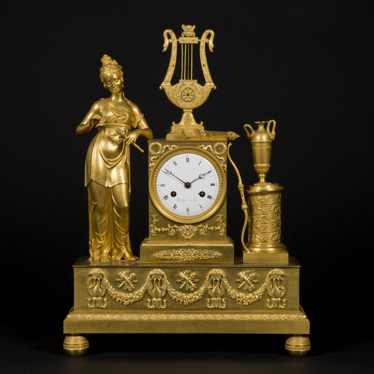 """Pendule """"Allégorie de la Poésie"""" en bronze doré, XIXe"""