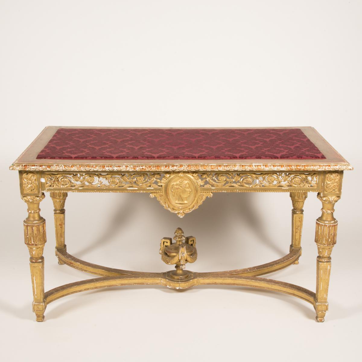 Table de milieu en bois doré, XIXe