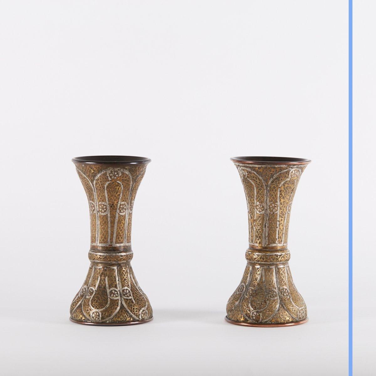Paire de vases en métal argenté et doré gravé, Syrie, XIXe-photo-3