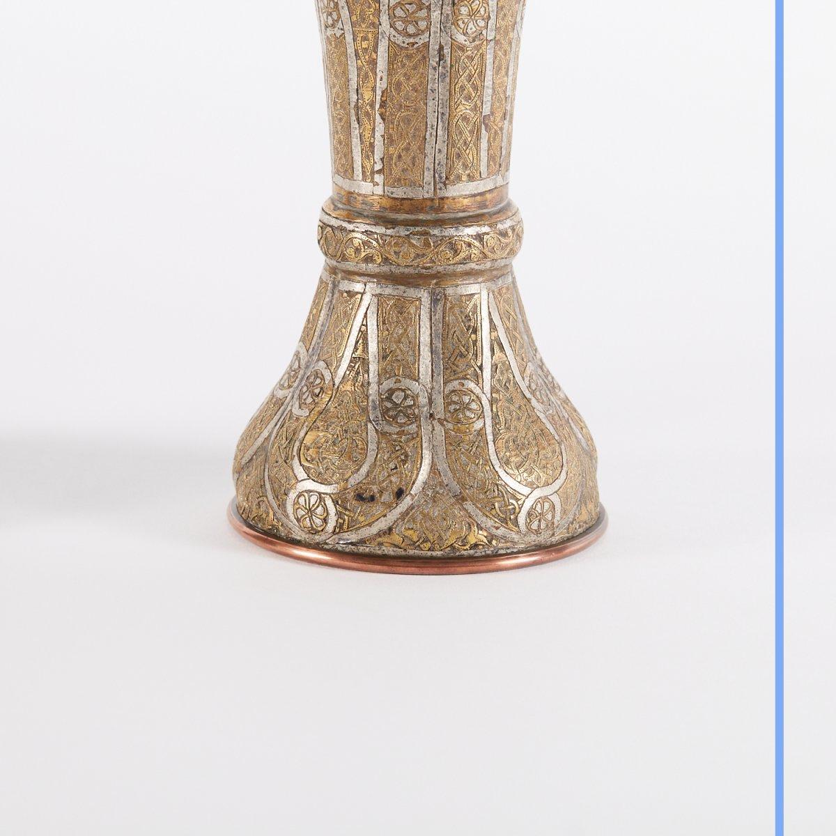 Paire de vases en métal argenté et doré gravé, Syrie, XIXe-photo-5
