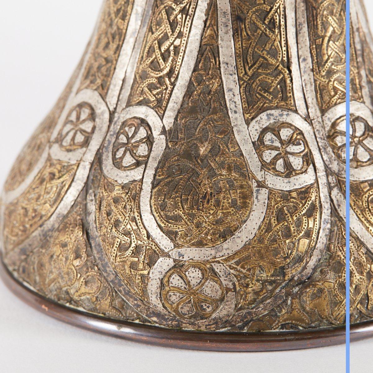 Paire de vases en métal argenté et doré gravé, Syrie, XIXe-photo-6