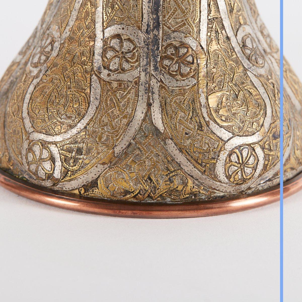 Paire de vases en métal argenté et doré gravé, Syrie, XIXe-photo-7