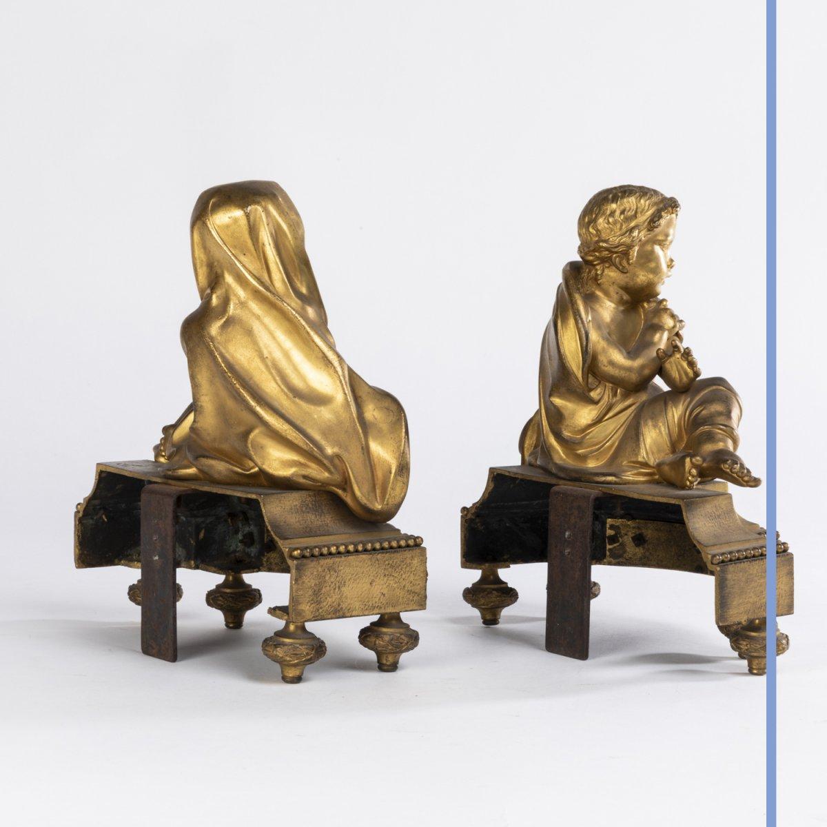 Paire de petits chenets aux putti en bronze doré, XIXe -photo-4