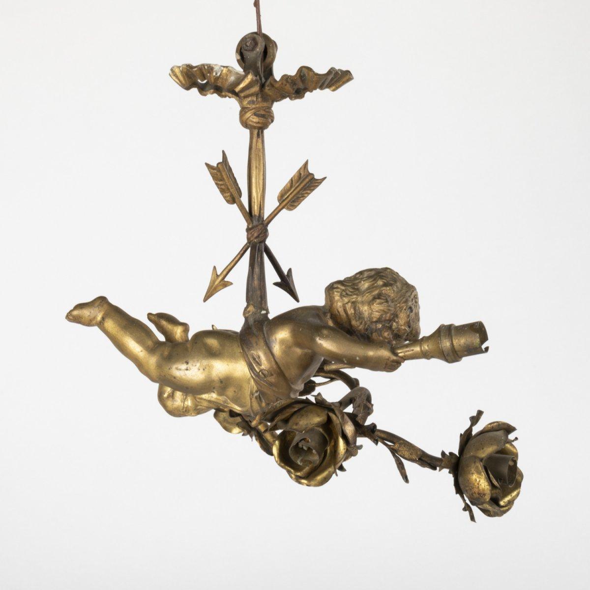 Lustre Cupidon aux roses en bronze doré, XIXe