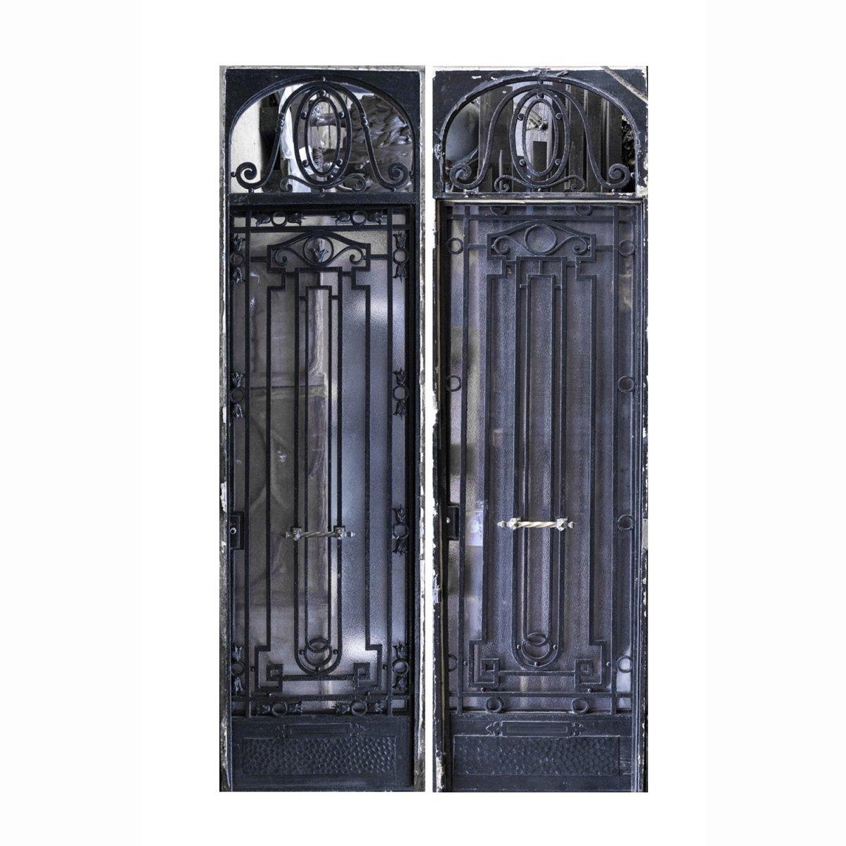 Porte d'entrée en fer forgé aux feuilles d'acanthe, XXe