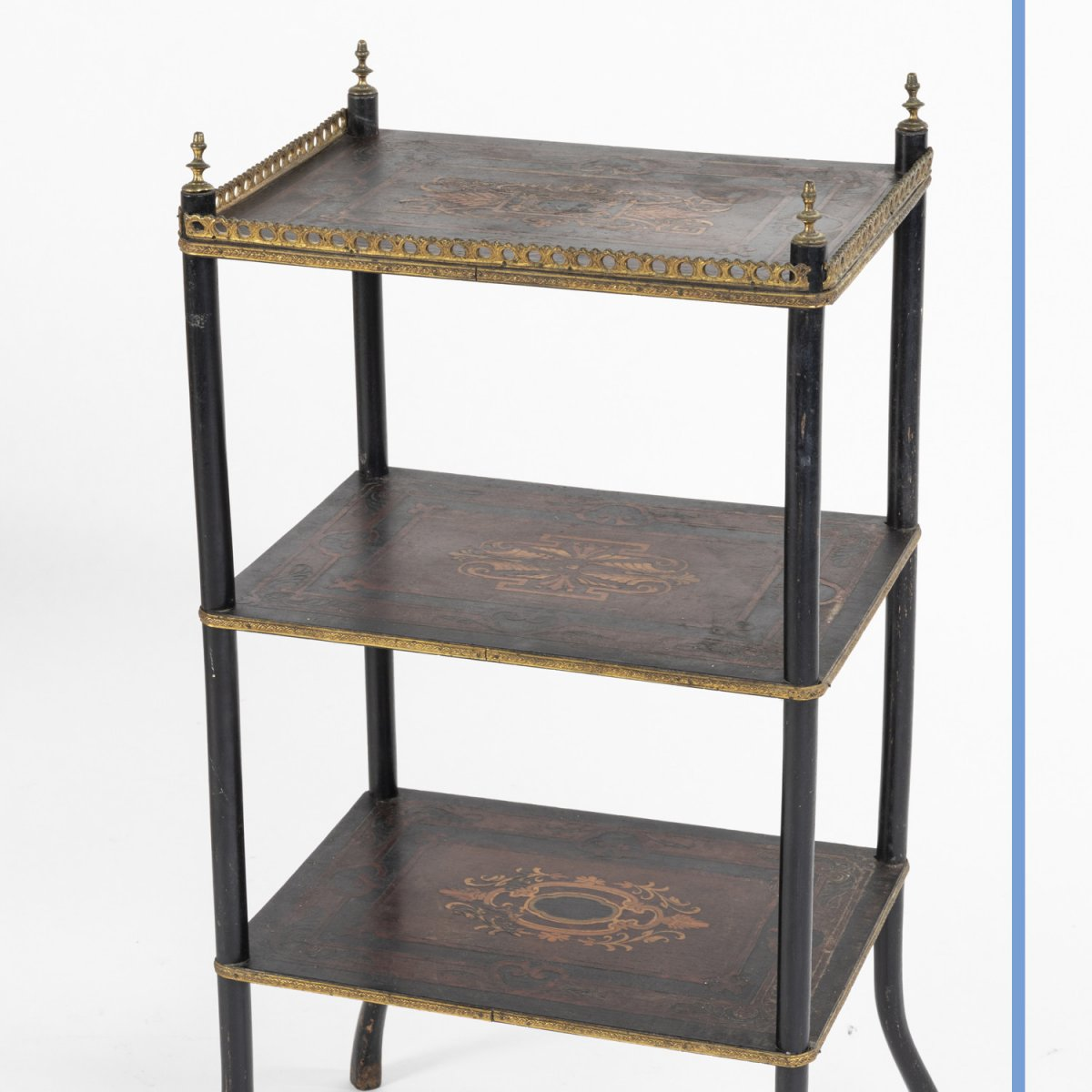 Sellette à 3 plateaux marquetée d'époque Napoleon III, XIXe-photo-1