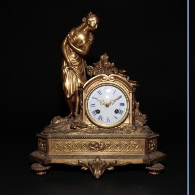 Pendule en bronze doré, XIXe