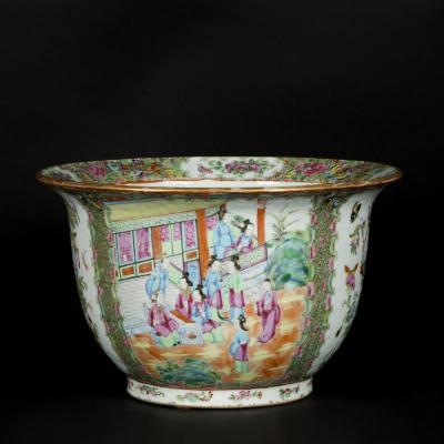 Cache-pot en porcelaine de Canton, XXe