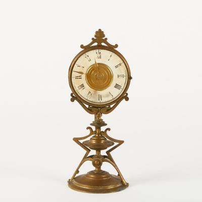 Pendule de bureau en bronze doré, XIXe