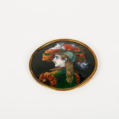 Médaillon en émail cerclé de laiton, XIXe