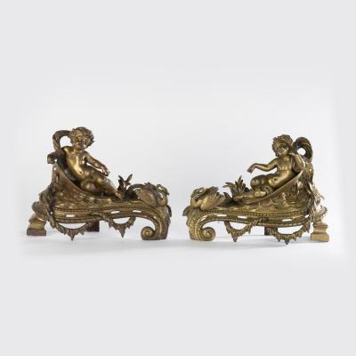 Paire de chenets aux putti en bronze doré, XIXe
