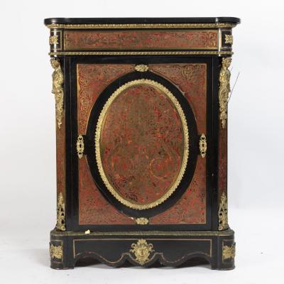 Meuble à hauteur d'appui en marqueterie Boulle, dessus en marbre noir, XIXe
