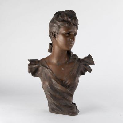 Georges Charles Coudray (1862-1932), Buste de jeune femme en bronze à patine brune, XIXe
