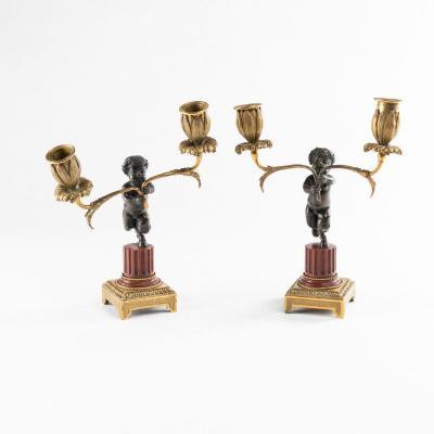 Paire de bougeoirs aux satyres en bronze et marbre, XIXe