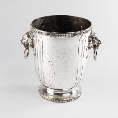 Sceau à champagne en métal argenté aux têtes de lion, XIXe